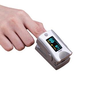 saturimetro misuratore ossigeno